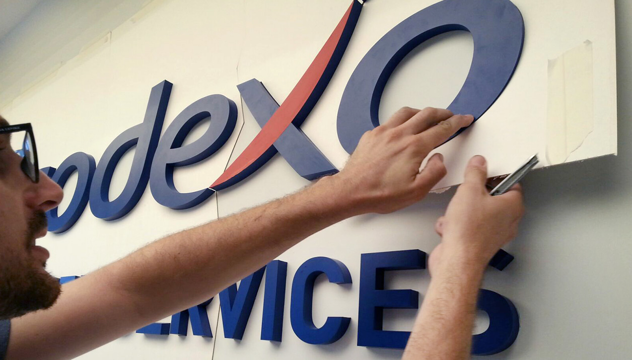 Big Wide Sodexo 3d Letters Installation