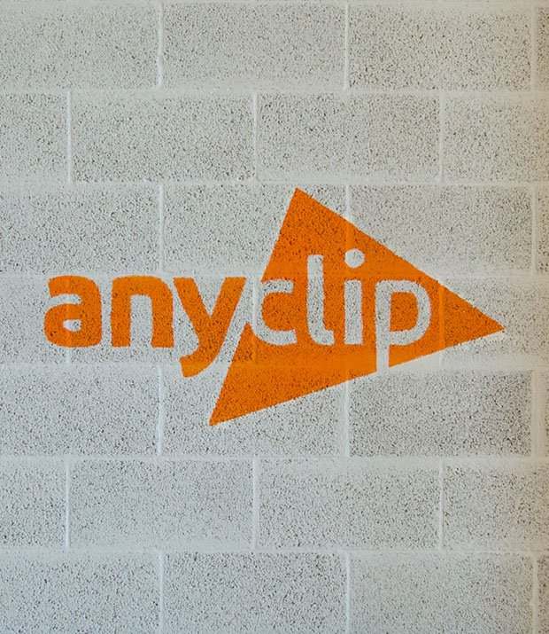 Anyclip Hand Painting